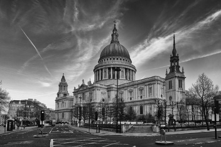 Photograph of St Pauls Cathedral 19