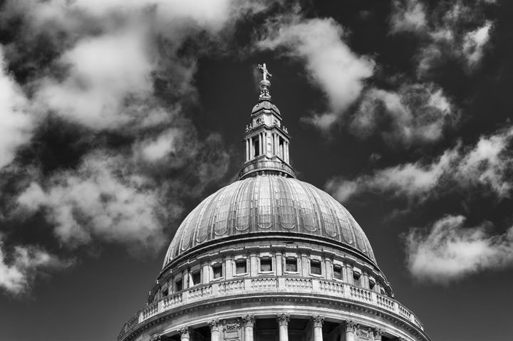 Photograph of St Pauls Cathedral 25