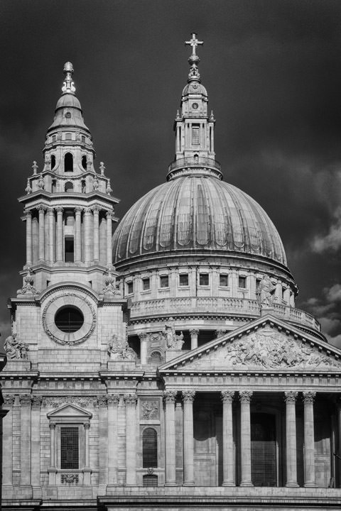Photograph of St Pauls Cathedral 45