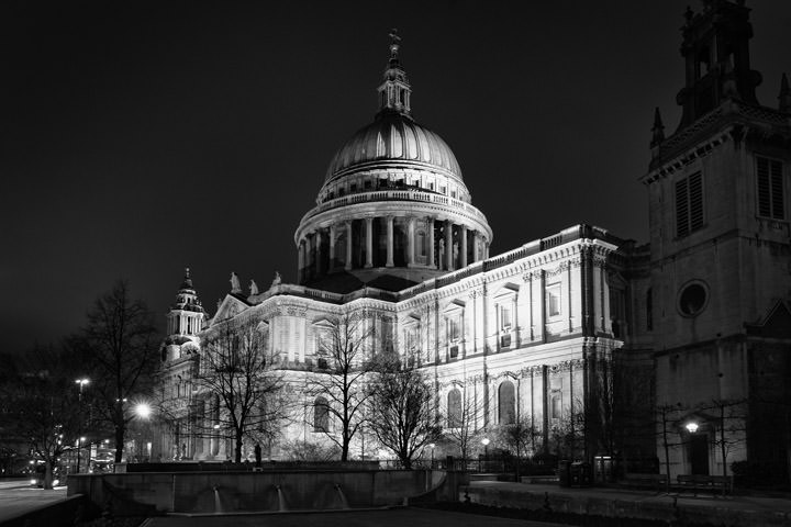 Photograph of St Pauls Cathedral 48