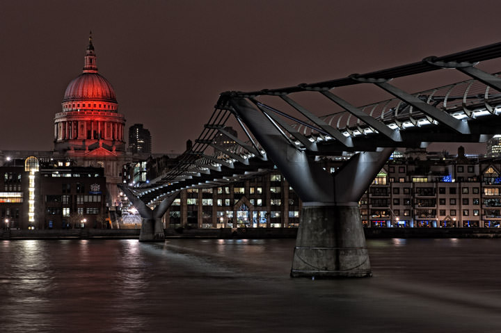 St Pauls Cathedral Red Floodlights