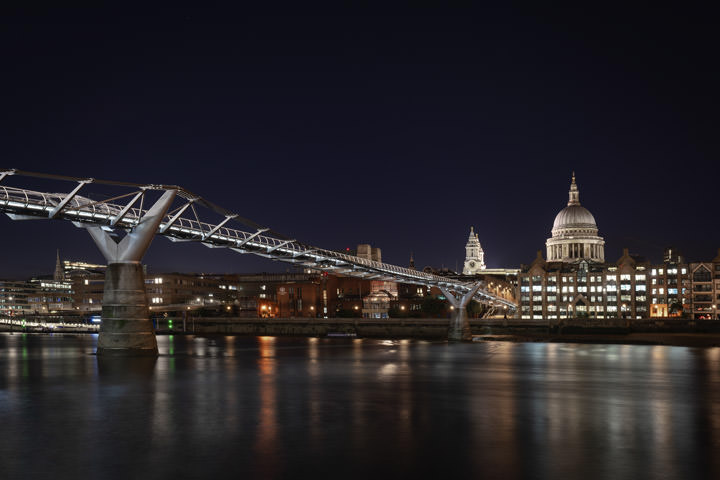 St Pauls Cathedral and Millennium Bridge 2