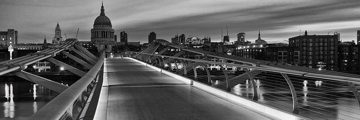 Photograph of St Pauls Millennium Bridge 2