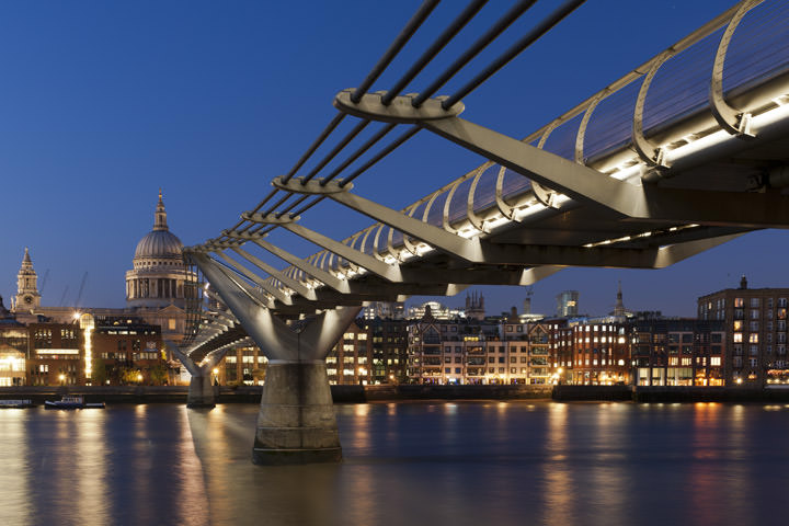 Photograph of St Pauls Millennium Bridge 3