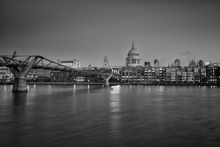 Photograph of St Pauls Millennium Bridge 7