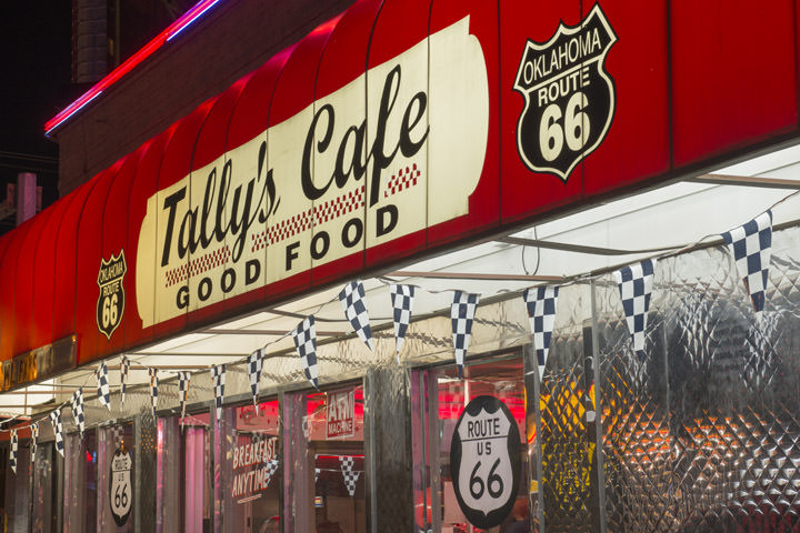 Photograph of Tallys Cafe 2