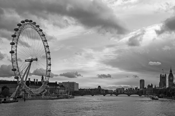 Black And White Landscape Photographs Of London Eye