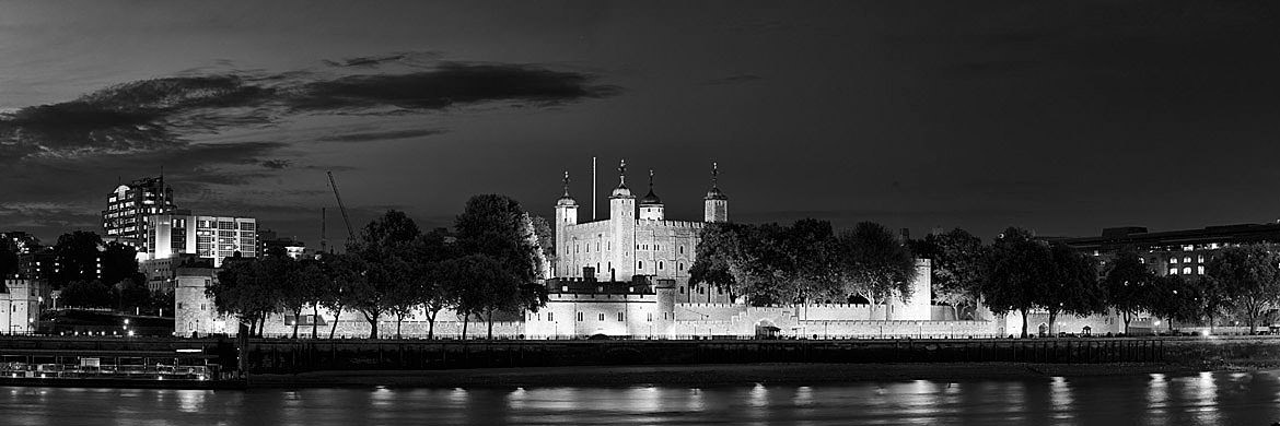 Photograph of The Tower of London Panorama 1