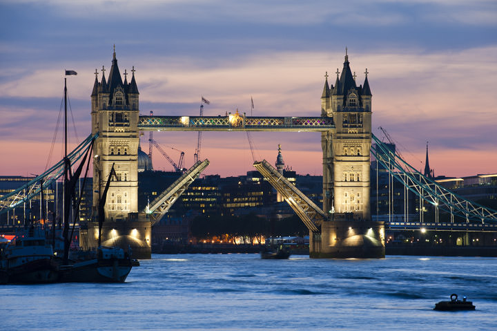 Photograph of Tower Bridge 9