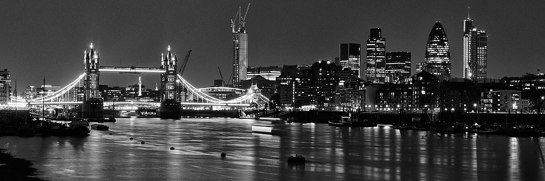 Photo of Tower Bridge and City Skyline 9 | Black and White ... | 1170 x 390 jpeg 156kB