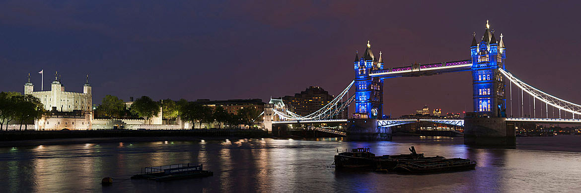 photo of tower bridge and tower of london 3