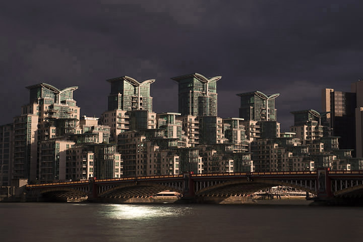 Photograph of Vauxhall Bridge 12