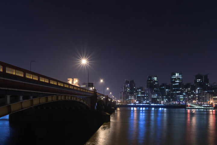 Photograph of Vauxhall Bridge 18