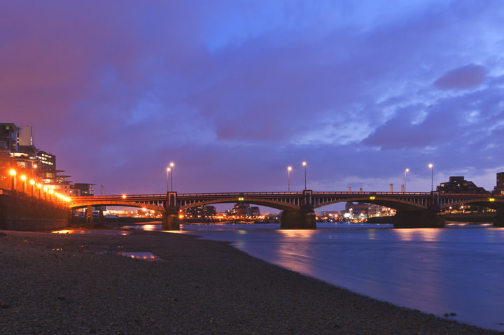 Photograph of Vauxhall Bridge 3
