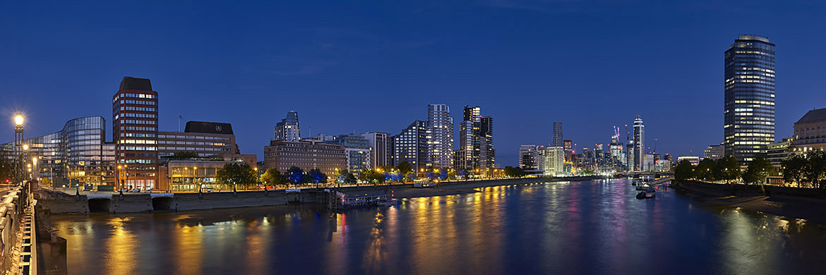 Photograph of Vauxhall Panorama 4