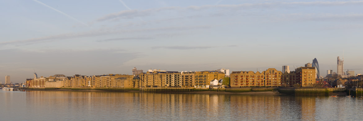 Wapping and Limehouse on River Thames in Tower Hamlets