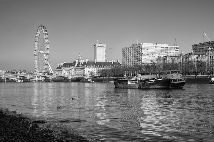 Photograph of Westminster Bridge 35