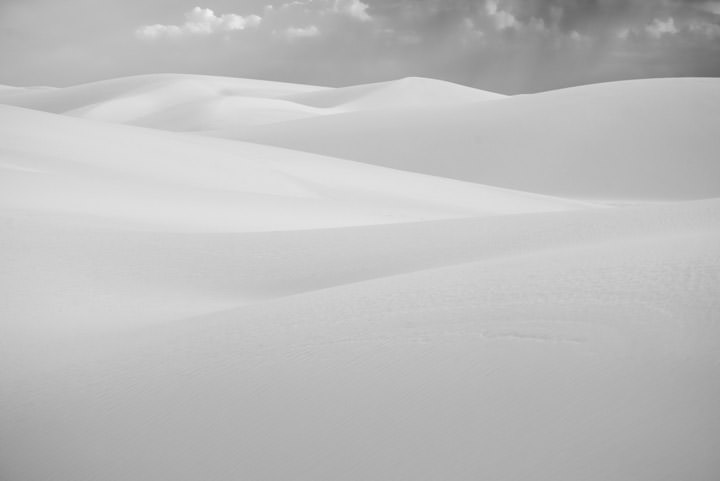 Sweeping White Sand Dunes in New Mexico USA
